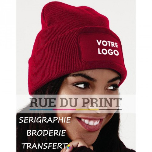 Bonnets personnalisables rouge avec logo Beanie 100% polyacrylique (toucher doux) maille doublée