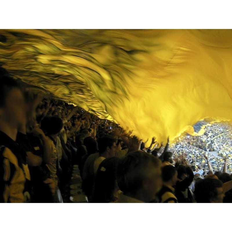 tifo jaune sur mesure publicitaires