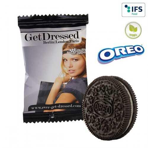 """Biscuit publicité """"OREO"""" en flowpack blanc, laminage mat/brillant. Les biscuits sont susceptibles de se briser."""