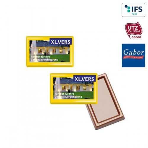 Mignonnette publicité de chocolat MINI emballée individuellement dans du papier blanc.