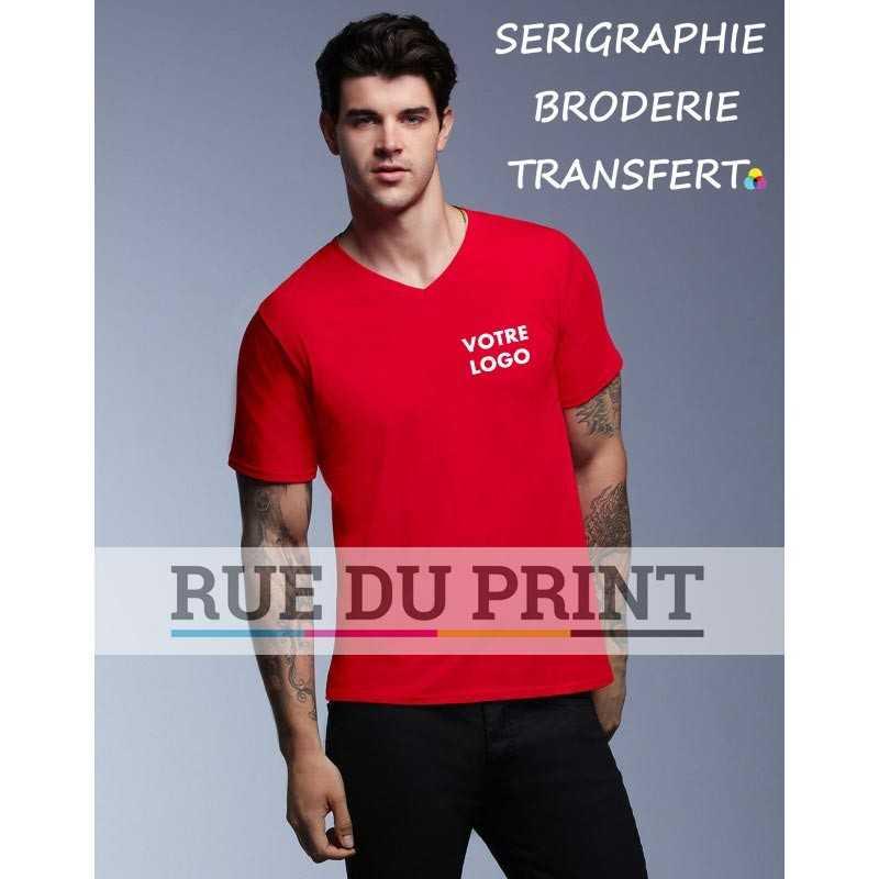 Tee-shirt publicité rouge profil adulte Featherweight 100% coton, ringspun, 110 g/m² prérétréci bande de propreté aux épaules